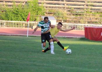 Футбол в региона! Раванели с хеттрик за Бенковски