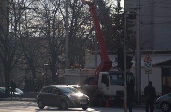 """Сменят лампите по бул. """"Съединение"""""""