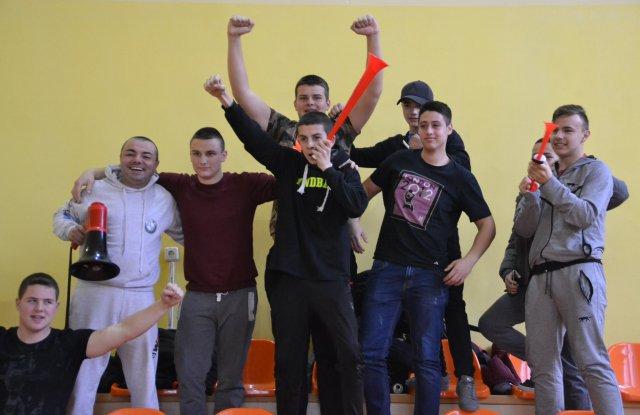 Мощна агитка с тъпан и тромби изведе ХК Хасково на върха - 18