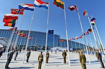 На този ден 12 държави създадоха НАТО