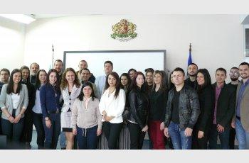 Студенти по право станаха прокурори в Деня на юриста
