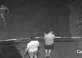 Ексклузивно ВИДЕО: Ето как хулигани в Хасково се напъват...