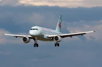 Самолет едва не катастрофира заради скандал между пилотите