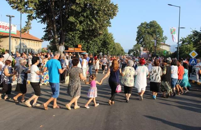 Хиляди жители и гости отбелязаха празника на град Септември