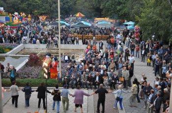 Първомай стана столица на фолклора
