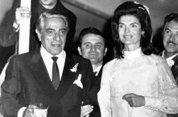 Най-скандалната сватба - Джаки Кенеди се омъжва за Онасис