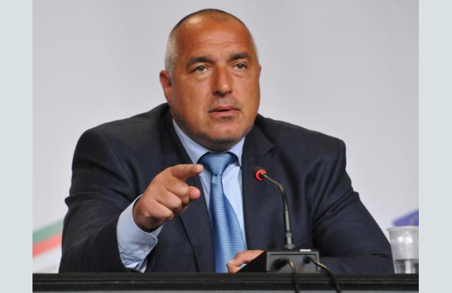 Борисов се закани да хвърли оставка, ако Цачева загуби - 0
