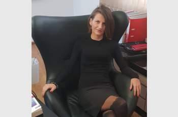 Изпатилата от секс маниак адвокатка призова за война