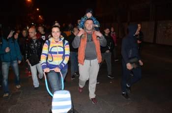 Над 2000 души в Хасково поискаха оставката на Валери...