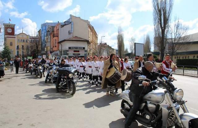 """Фестивалът """"Хайдушка софра"""" се бори с """"Етъра"""" в конкурсът """"Духът на България"""" - 0"""