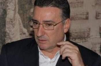 Данъчни и руснак погнаха Ветко Арабаджиев