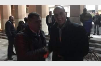 Цветанов дари вратовръзката си за кадем на изборите