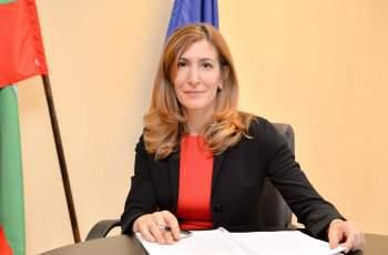 Министър Ангелкова: Свързваме всички хотели с НАП и МВР