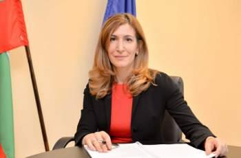 Министър Николина Ангелкова: Свързваме всички хотели с НАП и МВР