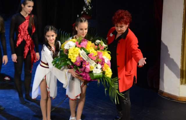 """Балерини изтанцуваха легендата за """"Изворът на Белоногата"""""""
