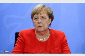 Меркел поиска повече жени в политиката