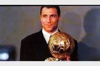 НА ДНЕШНИЯ ДЕН: 24 години от Златната топка на Христо Стоичков