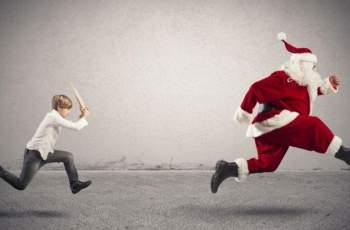Ядосано на Дядо Коледа дете вдигна полицията по тревога