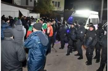 Протестите във Войводиново продължават