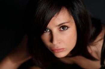Днес повод да почерпи има певицата Ирина Флорин