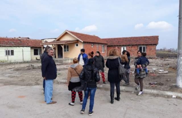 Във Войводиново ври и кипи! Селото отново на протест - 1