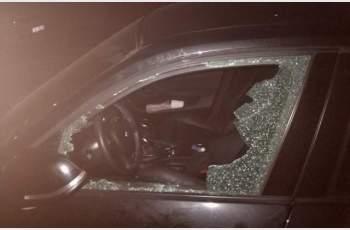 Задържан е вандал, потрошил колата на Рени Камберова