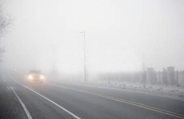 До 100 метра е намалена видимостта в района на Първомай заради мъгла