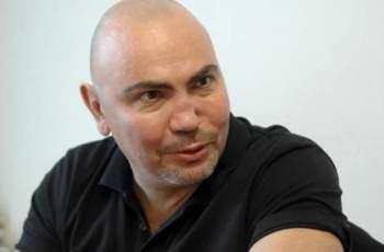 Гаджето на Росен Петров показа тяло за грях СНИМКА