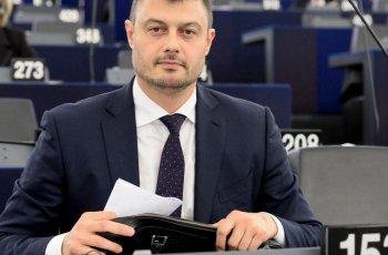 Неочакван обрат! Бареков става учител по български