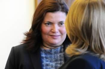 Малина Крумова става шефка на новата пътна агенция