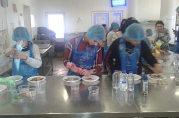 Учат децата в клас как да хапват здравословно