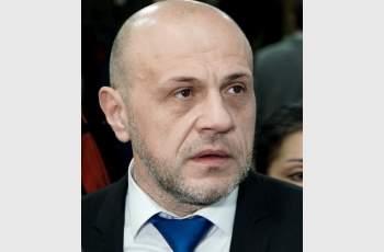 Дончев: Има опасност скандалът с апартаментите да нанесе щети, особено преди избори