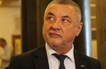 Валери Симеонов се обяви против оставката на Цачева