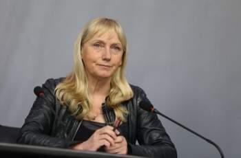 Елена Йончева: Станишев е добър рицар на БСП, трябва да...