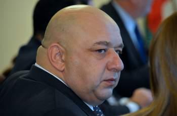 Министър Кралев пак опита да финтира Пловдив! Вижте за...