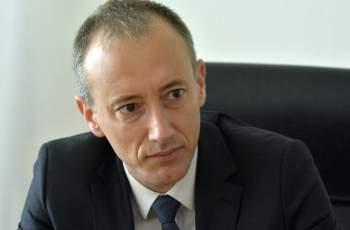 Проверяват министър Вълчев и висш държавник заради сделка за 100 бона