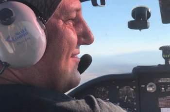 Пилотът от разбития самолет летял с парапланери и балони
