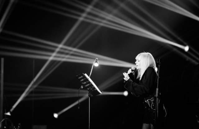 Лили Иванова празнува 80-годишен юбилей СНИМКИ и ВИДЕО