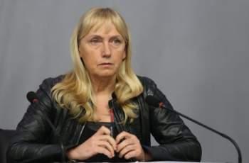 """Елена Йончева не обжалва отказа на прокуратурата за """"Ало, Банов съм"""""""