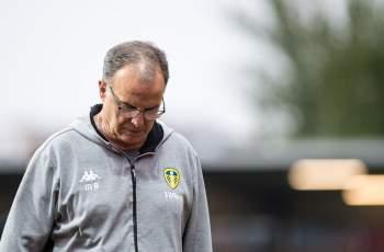 Треньор плаща сам 200 000 паунда клубна глоба