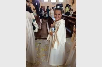 Кметска дъщеря от Калояново с първо причастие от папата