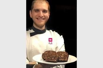 """Йордан Кабамитов, готвач в """"Тотал Спорт"""": Предлагаме храна, която се харесва на всеки"""