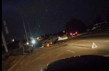 Опасна каскада срещу КЦМ! Две коли се обърнаха по капак