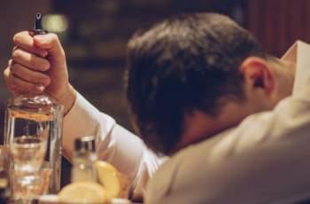 Виц на деня: Трактористът бай Тошо реши да не пие