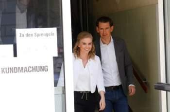 Партията на канцлера Курц победи на изборите в Австрия