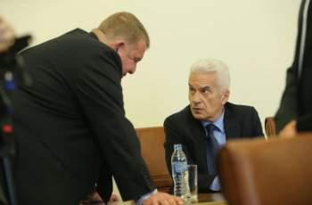 Каракачанов: Как ще се гледаме утре с Волен в очите
