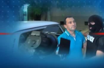 Ральо Ралев със смокинг и маратонки в съда