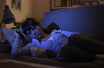 Лекари предупреждават: Жени, не спете на включен телевизор