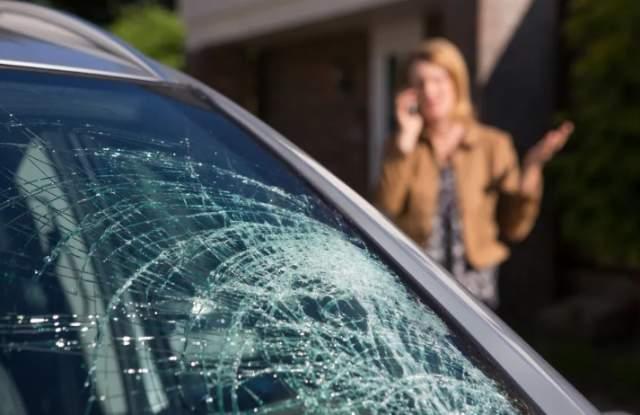 Пловдивчанка подала сигнал в полицията за увреждане на автомобила й.