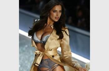 Скандални СНИМКИ на едни от най-красивите жени в света